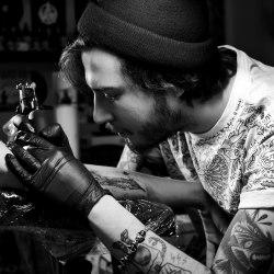andrey-kichatiy-love-life-tattoo