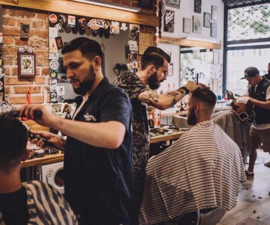 Ferajna w plebiscycie Radia Kolor na najlepszego fryzjera – Wyczesana Warszawa