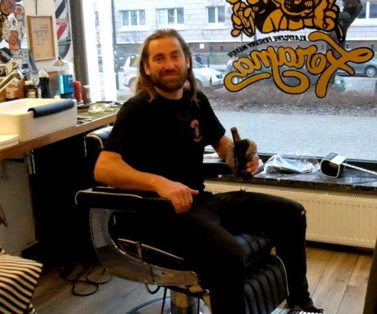 Chris Haslam z wizytą w barber shopie